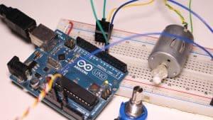 Controlar velocidad de motor de corriente continua