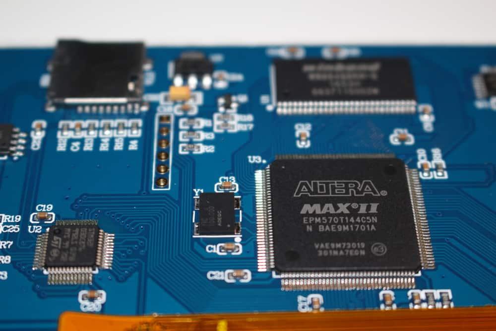 Hardware dedicado en pantalla Nextion